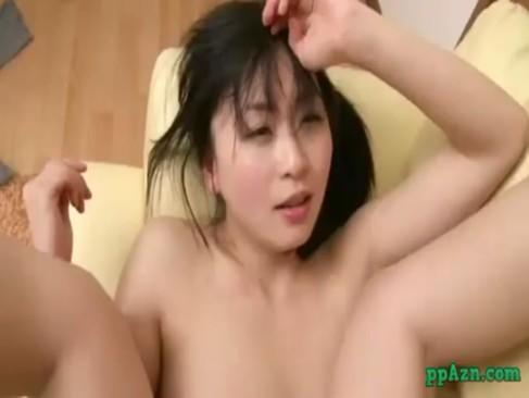 エックスビデオの巨にゅう美少女とセックスする日本人無料